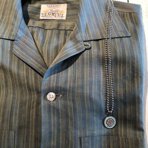 """1960-70s \"""" ARROW - MADE IN U.S.A - \"""" VINTAGE - Ombre STRIPE - L/S BOX-TAIL SHIRTS ._d0172088_18360784.jpg"""