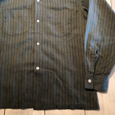 """1960-70s \"""" ARROW - MADE IN U.S.A - \"""" VINTAGE - Ombre STRIPE - L/S BOX-TAIL SHIRTS ._d0172088_19031505.jpg"""