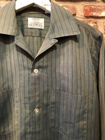 """1960-70s \"""" ARROW - MADE IN U.S.A - \"""" VINTAGE - Ombre STRIPE - L/S BOX-TAIL SHIRTS ._d0172088_19072432.jpg"""