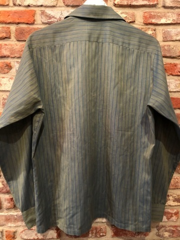 """1960-70s \"""" ARROW - MADE IN U.S.A - \"""" VINTAGE - Ombre STRIPE - L/S BOX-TAIL SHIRTS ._d0172088_19103142.jpg"""