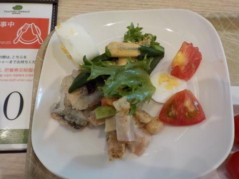 センチュリーロイヤルホテルのユーヨーテラスで朝食。_d0019916_14325704.jpg