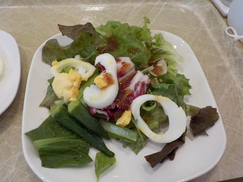センチュリーロイヤルホテルのユーヨーテラスで朝食。_d0019916_14355371.jpg