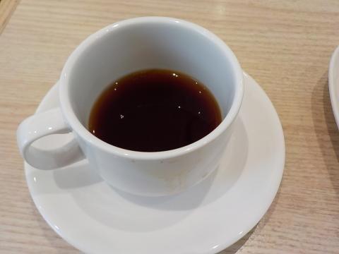 センチュリーロイヤルホテルのユーヨーテラスで朝食。_d0019916_14394479.jpg