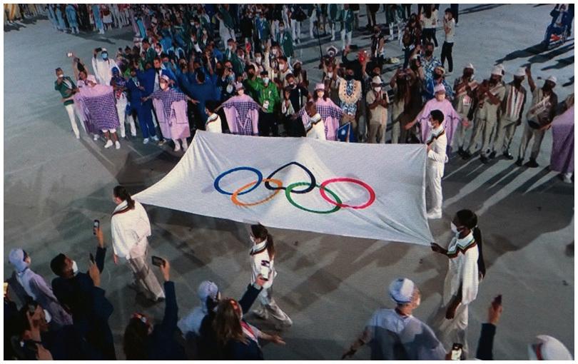 2020オリンピック開会_b0037717_13291092.jpg