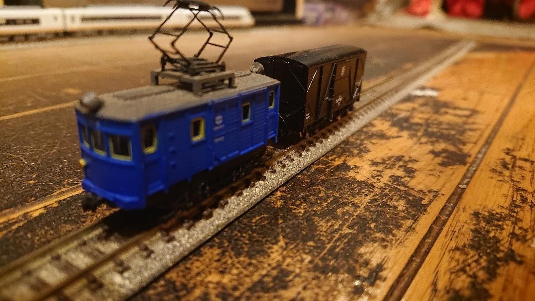 【模型】電動貨車って、意外と短い_b0062178_01583919.jpg