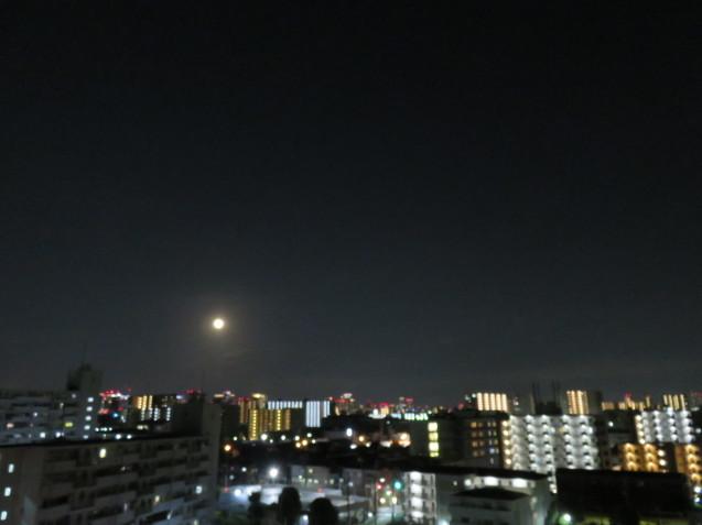 小望月と満月_f0204295_20423142.jpg