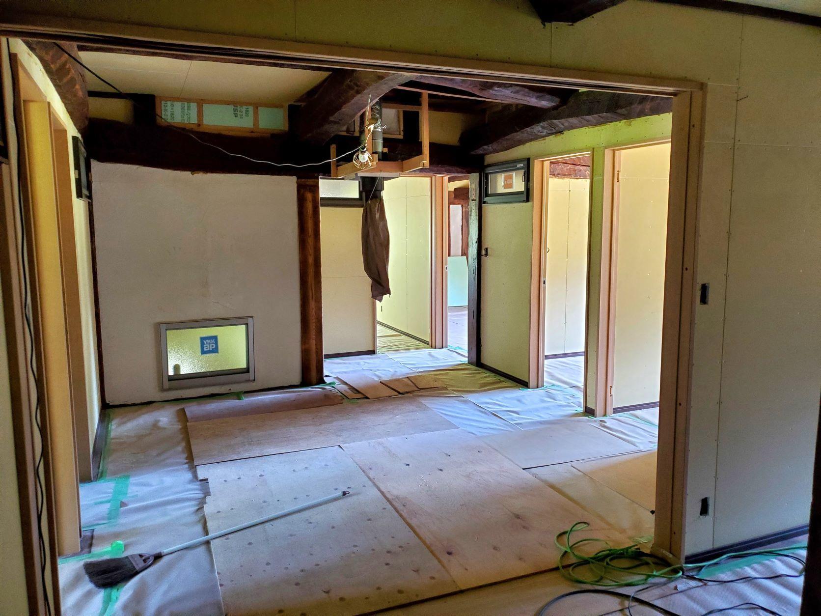 2階の現状と土壁解体_b0304722_19252246.jpg