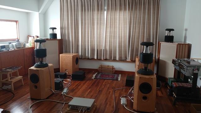 Acoustic Taoさんの「無音と光」_f0108399_19201426.jpg
