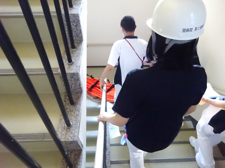 避難訓練をしました!_b0393105_15105893.jpg