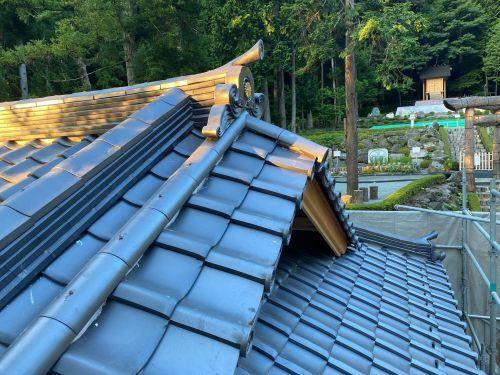 富士吉田市 銀黒の屋根 其の十三 完了_b0242734_12315540.jpg