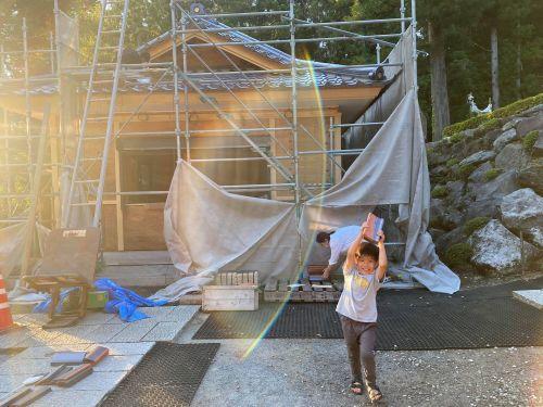 富士吉田市 銀黒の屋根 其の十三 完了_b0242734_12315759.jpg