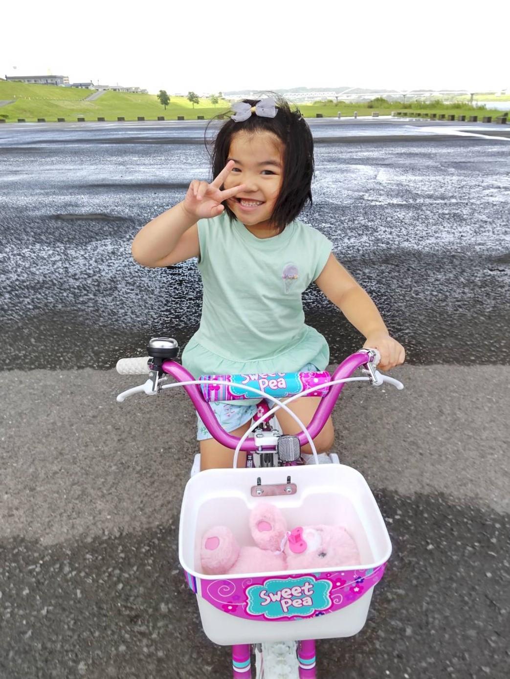 自転車買ってもらっちゃった_e0293066_08444210.jpg