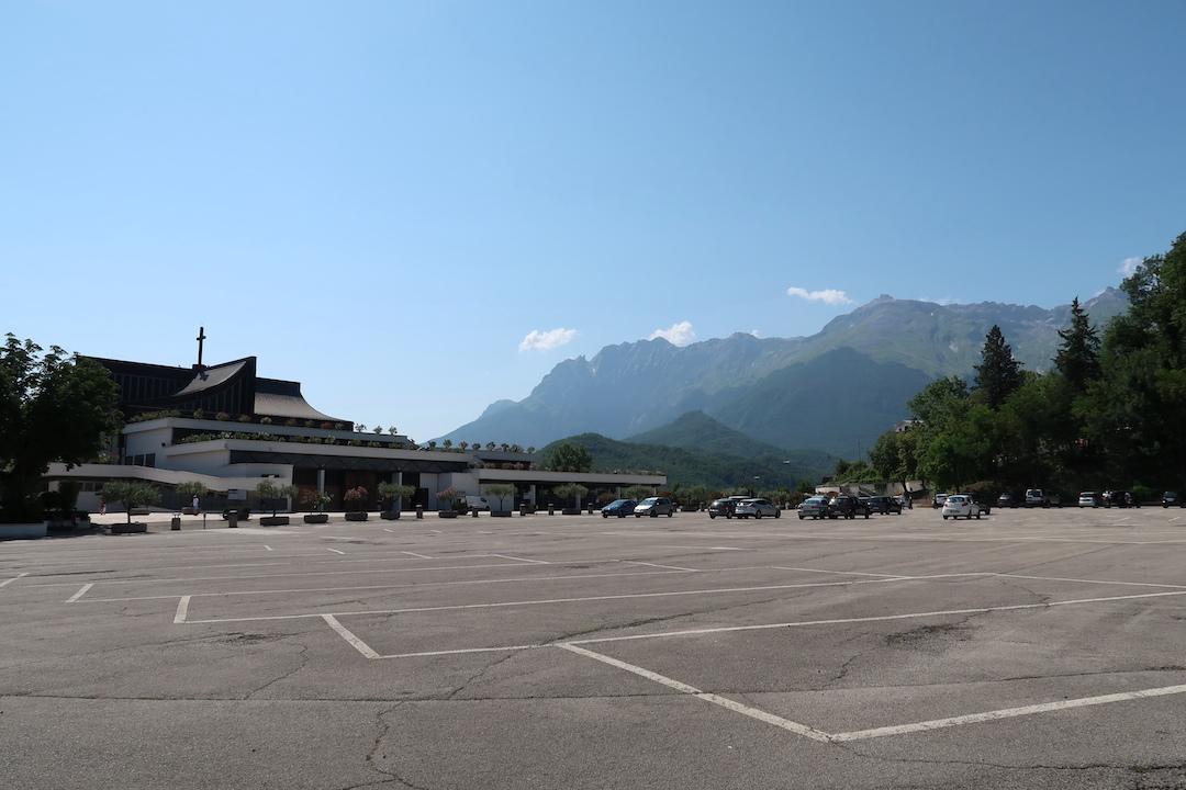 6日後もまだ届かない旅の絵はがき、イタリア 国内郵便_f0234936_23284025.jpg