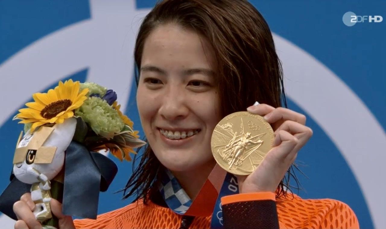 スゴイなー、女子競泳で金メダル2つ❣️_c0180686_15305811.jpeg
