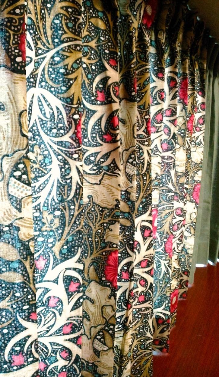 『モリス』のカーテン『シーウィード(海藻)』を納めました by interior styling of bright_c0157866_23243450.jpg