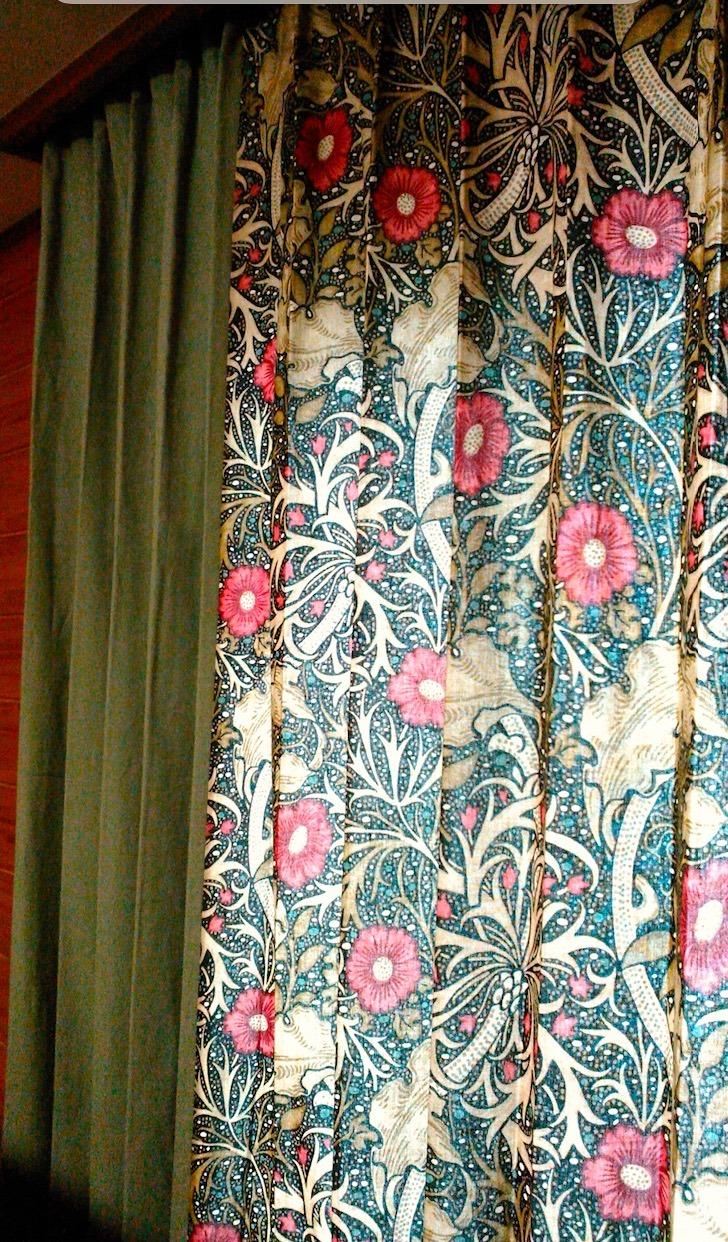 『モリス』のカーテン『シーウィード(海藻)』を納めました by interior styling of bright_c0157866_23252391.jpg