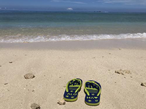 お気に入りのビーチで…_c0193396_16285853.jpeg