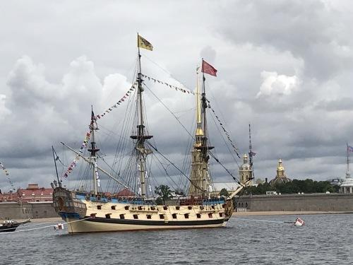「海軍の日」~JICサンクトペテルブルグ便り~【SPB】_f0072621_06350327.jpg