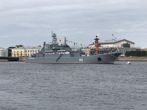「海軍の日」~JICサンクトペテルブルグ便り~【SPB】_f0072621_06372968.jpg