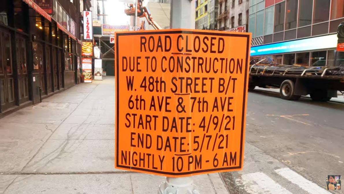 """ニューヨークの街角英語、 """"Due to~""""_b0007805_00494974.jpg"""