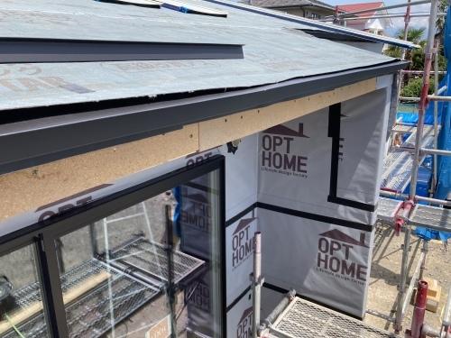 南アルプス市 ブラックの屋根 其の二_b0242734_21425801.jpeg