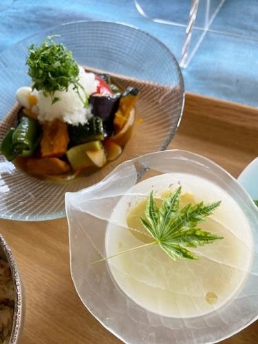 鮎料理と山椒仕事  7月の料理教室から_d0253553_13310904.jpg