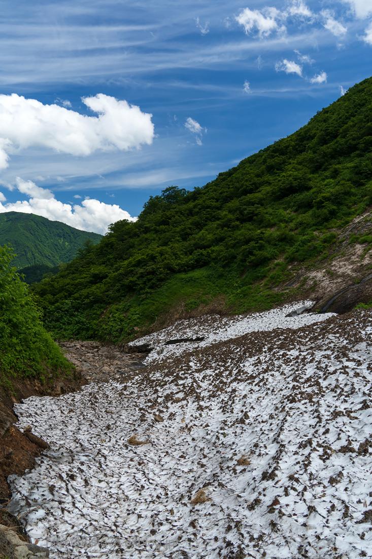 真夏の雪渓_e0214470_20230676.jpg