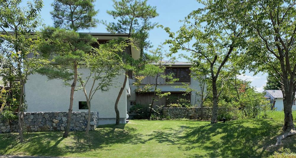 琵琶湖湖畔の家・2021 年夏。_b0014003_12404261.jpg
