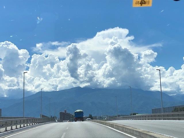 真夏の雲!_f0019247_23044937.jpg