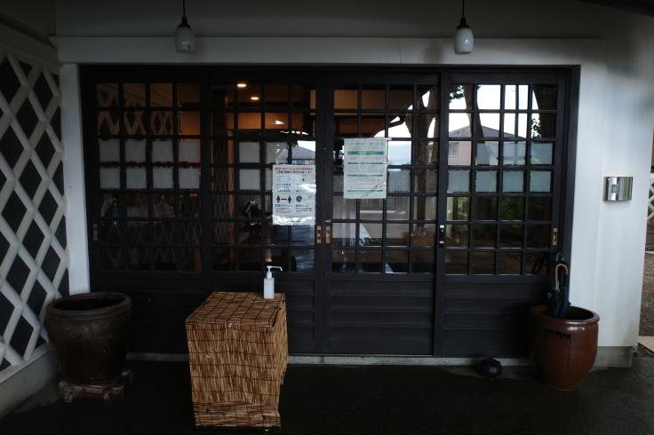 ブロンプトンと夏の長野県へ その4 ~ あがたの森文化会館  松本民芸館_a0287336_18101371.jpg