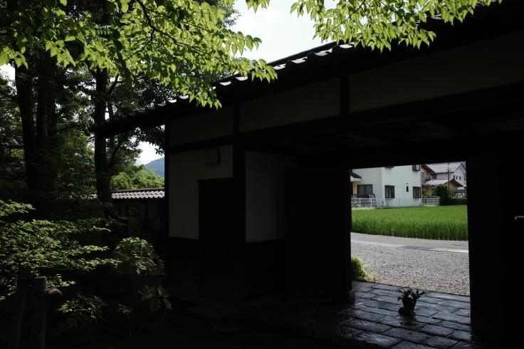 ブロンプトンと夏の長野県へ その4 ~ あがたの森文化会館  松本民芸館_a0287336_18285505.jpg