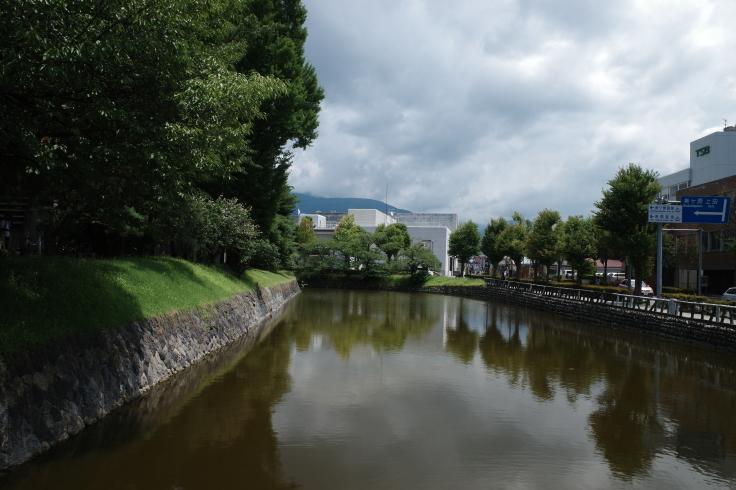 ブロンプトンと夏の長野県へ その5 ~ 松本城  自衛隊広報センター信濃_a0287336_20103401.jpg