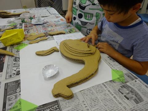 夏休み工作教室2021「段ボール材で恐竜を作ろう」_a0269923_17475710.jpg
