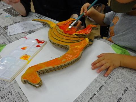 夏休み工作教室2021「段ボール材で恐竜を作ろう」_a0269923_17481690.jpg