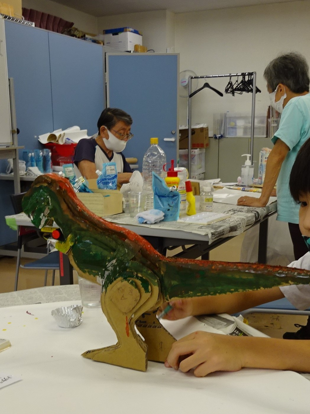 夏休み工作教室2021「段ボール材で恐竜を作ろう」_a0269923_17490190.jpg