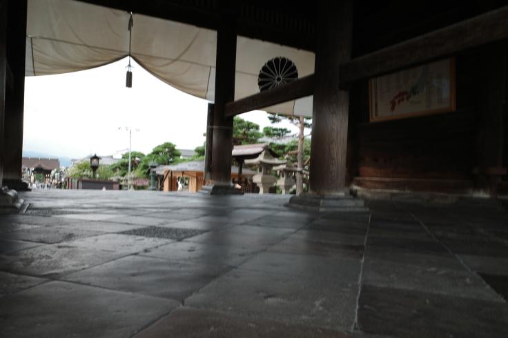 ブロンプトンと夏の長野県へ その8 ~ 善光寺_a0287336_20194873.jpg