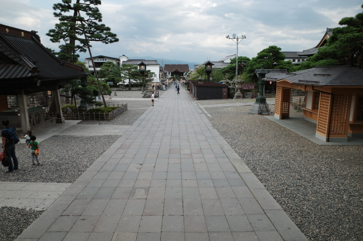 ブロンプトンと夏の長野県へ その8 ~ 善光寺_a0287336_20201704.jpg