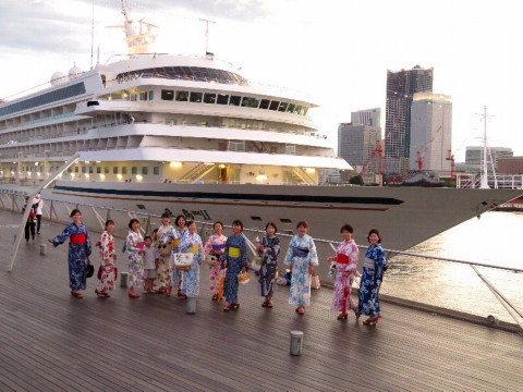 大桟橋でお会いしましょう。_b0141773_20454241.jpg