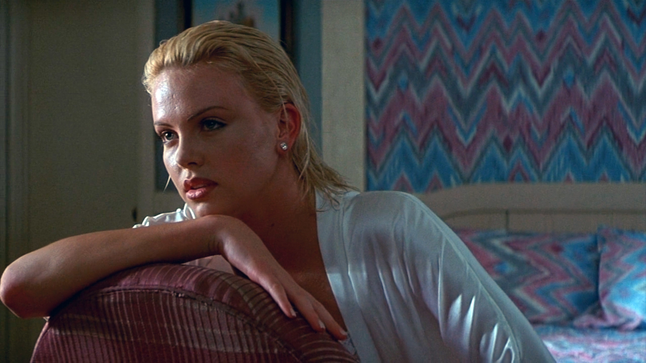 シャーリーズ・セロン(Charlize Theron)「2 days トゥー・デイズ」(1996)・・・其の弐_e0042361_20451863.jpg