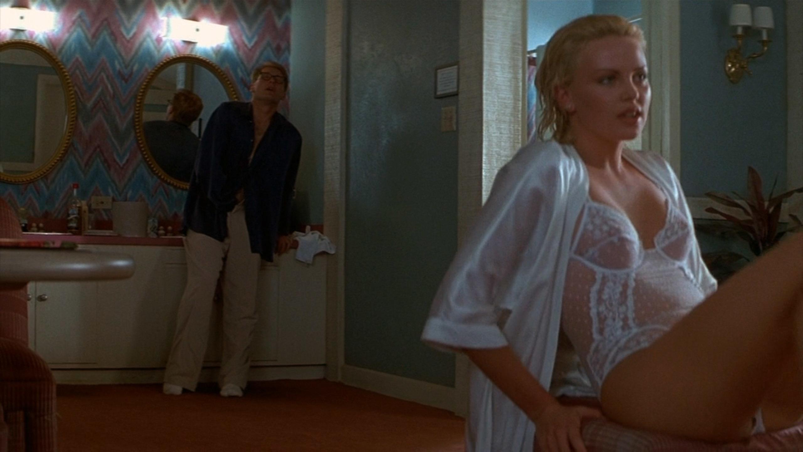 シャーリーズ・セロン(Charlize Theron)「2 days トゥー・デイズ」(1996)・・・其の弐_e0042361_20452728.jpg