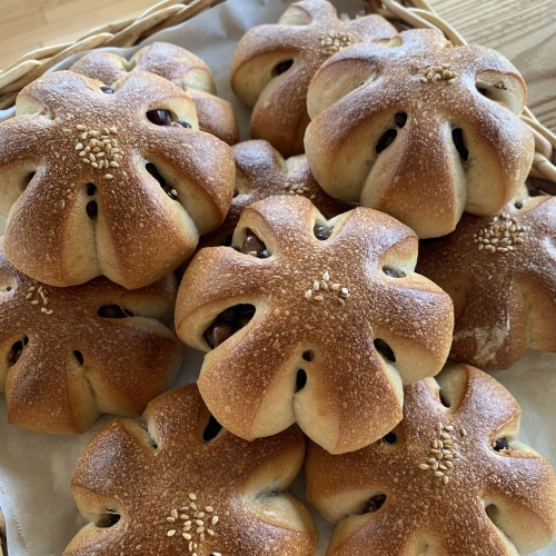 お盆休みのうちに 必ず食べなくなる パンとラーメン_a0134394_09384393.jpeg