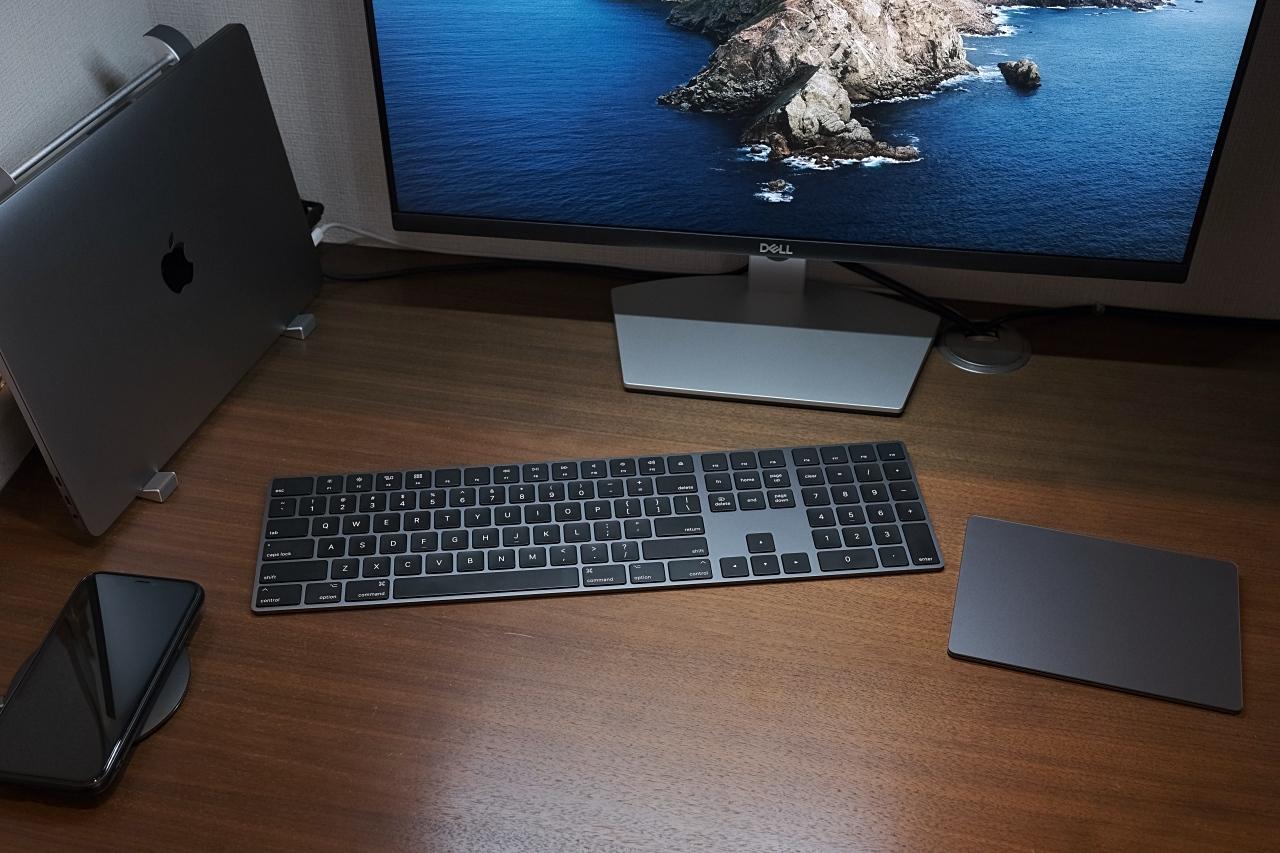 キーボードとトラックパッド、そして外部ディスプレイ。_a0129474_15410585.jpg