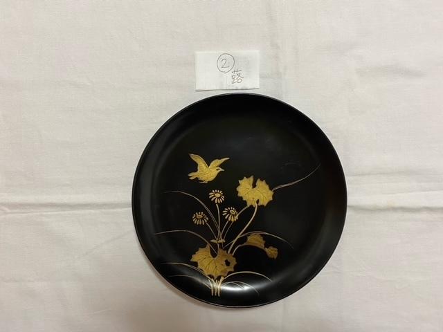 絵替わりの黒塗り蒔絵皿。_c0405112_12273574.jpeg