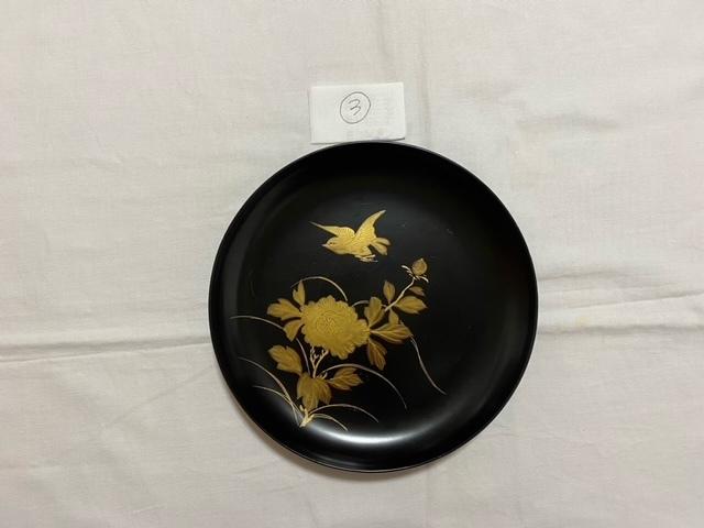 絵替わりの黒塗り蒔絵皿。_c0405112_12280386.jpeg