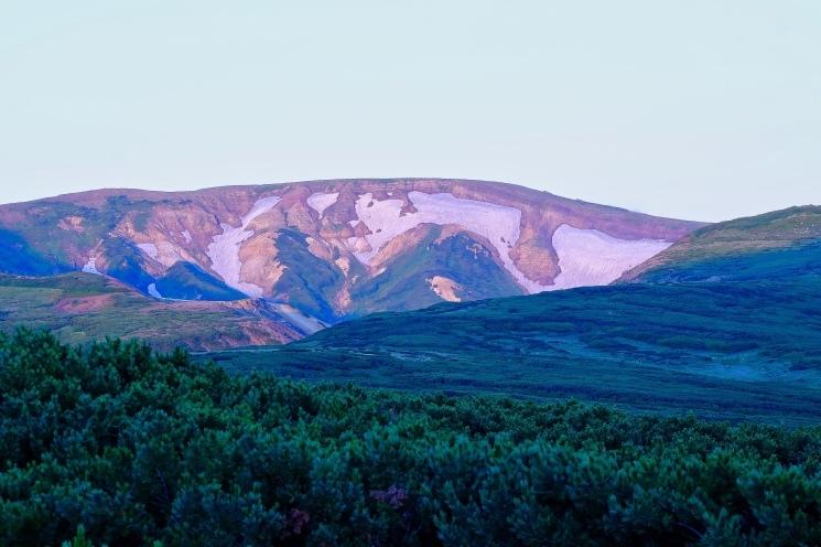 大雪山黒岳へ!!『神々の遊ぶ庭』と呼ばれる絶景をトレッキング - Trek Daisetsuzan National Park_b0108109_22585853.jpeg