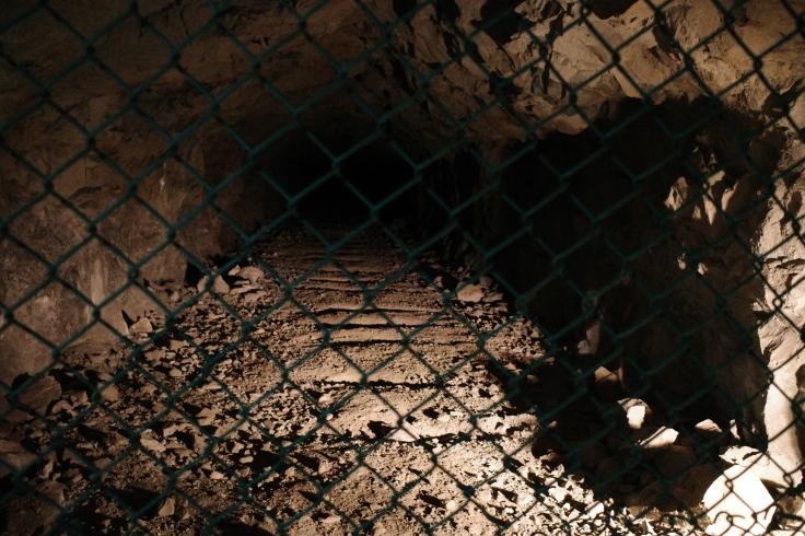 ブロンプトンと夏の長野県へ その12 ~ 松代象山地下壕 (松代大本営跡)_a0287336_21202264.jpg
