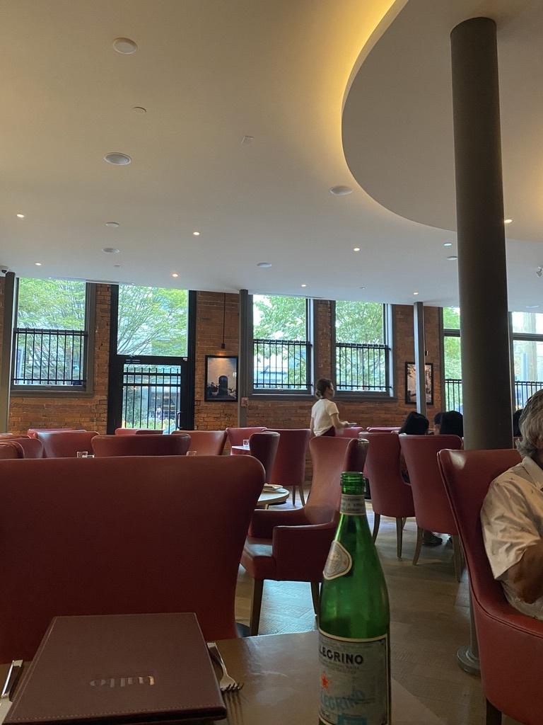 イタリアンレストランの「Tutto」へ_d0129786_05450388.jpeg