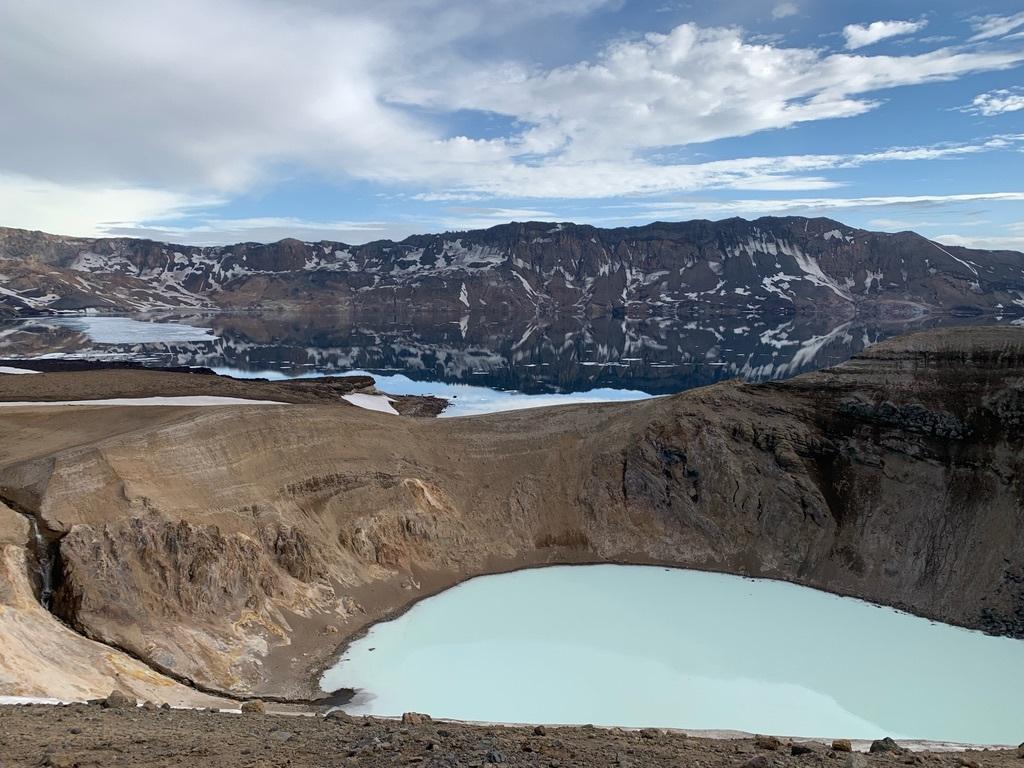 アイスランドの地獄湖(泳げる温水湖)へ行った話_c0003620_01251391.jpeg
