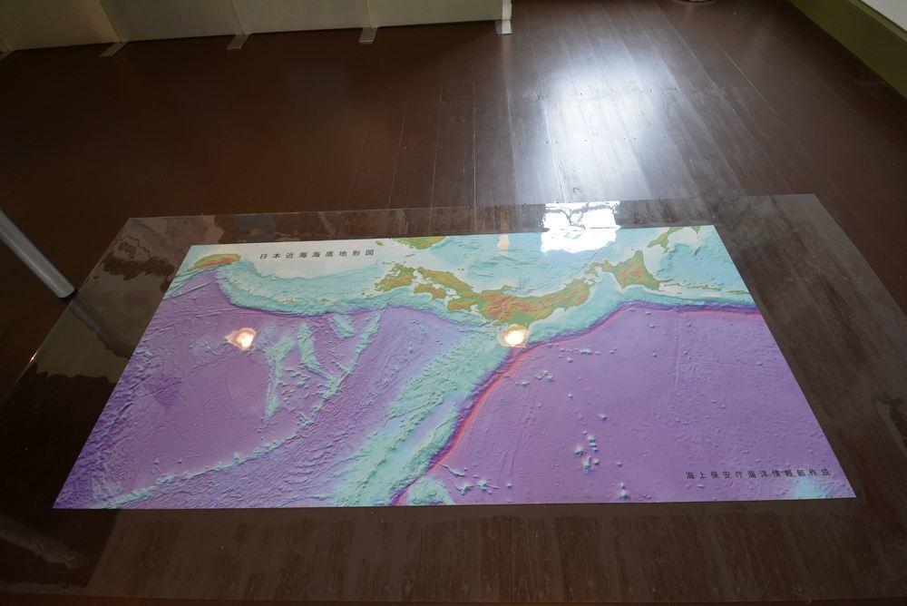 海図150年_e0373930_19271139.jpg
