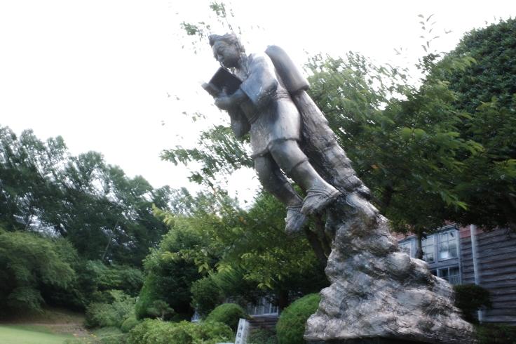ブロンプトンと夏の長野県へ その15 ~ ジェット二宮金次郎像を見に伊参スタジオ公園へ_a0287336_08510811.jpg